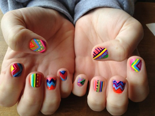 Afarican Pattern Neon Nails