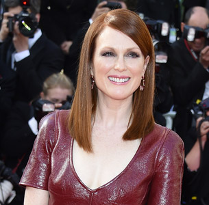 Julianne Moore - Best Actress Award in Maps to the Stars - Cannes 2014