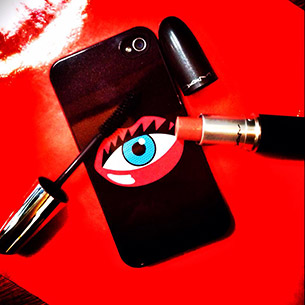 Rouge Rouge Eye Lips Clutch iPhone Case
