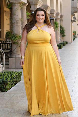 สาวไซส์ใหญ่ ชุดเดรสเหลืองเปิดไหล่