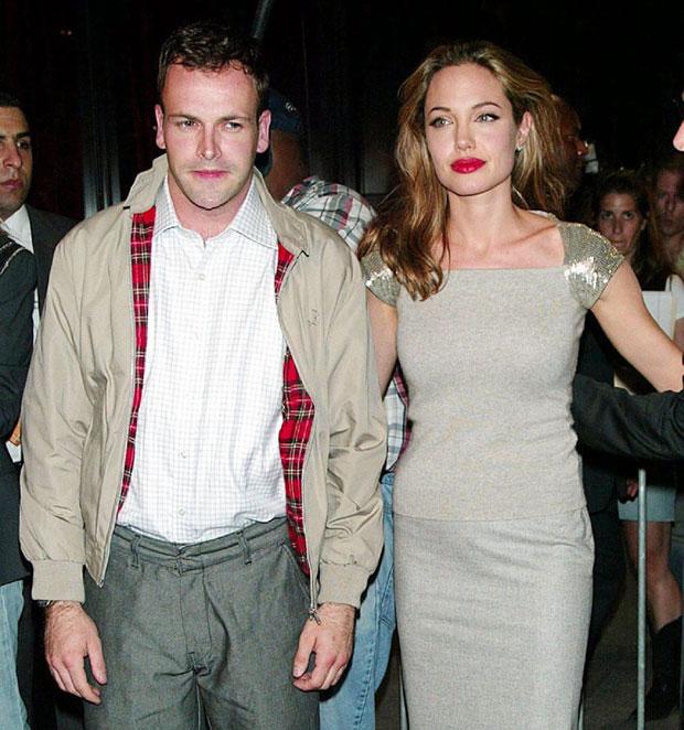 Angelina Jolie แองเจลิน่า โจลี - issue247.com