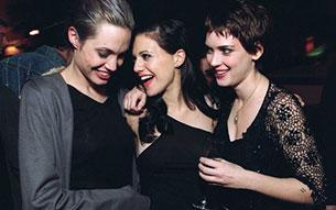 Winona Ryder, Angelina Jolie - Girl, Interrupted