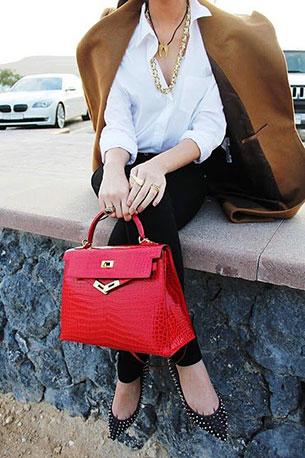 กระเป๋า Hermes Kelly สีแดง