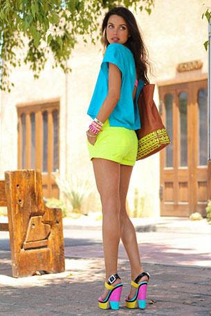 กางเกงขาสั้นนีออน สีเหลือง