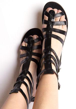 รองเท้าหุ้มข้อ Gladiator สีดำ