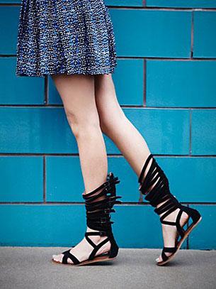 รองเท้าแฟชั่น Gladiator สีดำ