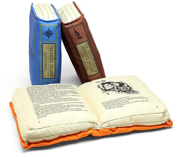 หมอน หนังสือ