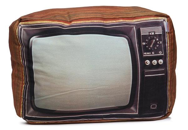 หมอน โทรทัศน์