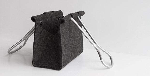 กระเป๋า รูปคลิปหนีบกระดาษ