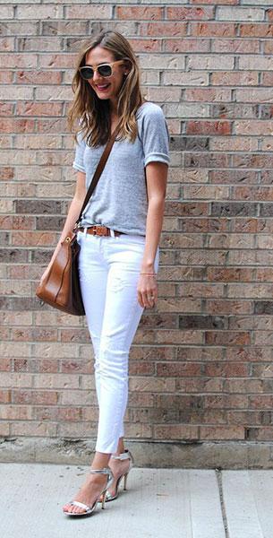 กางเกงยีนส์ขาว ทีเชิ้ตเทา