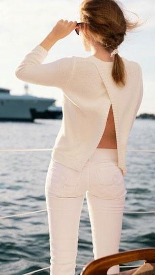 กางเกงยีนส์ขาว เสื้อขาว