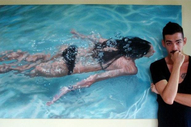 ภาพวาดเสมือนจริง ผู้หญิงว่ายน้ำ