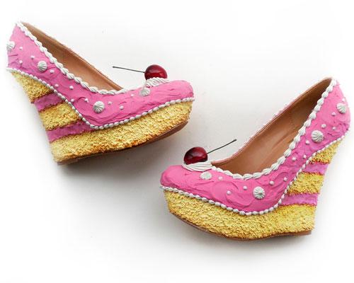 รองเท้าส้นเตารีด เค้ก สีชมพู