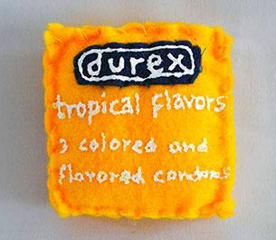 หมอน ถุงยาง Durex