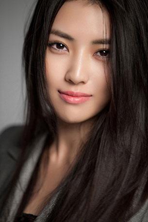 แต่งหน้าสไตล์สาวเอเชีย Li Yixuan