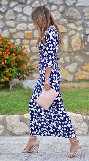 Maxi Dress สีน้ำเงินขาว