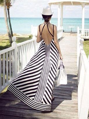 Maxi Dress เปิดหลัง สีขาวดำ