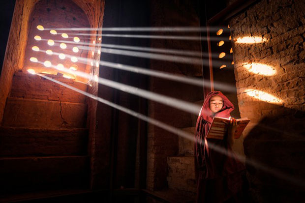 National Geographic Photo Contest 2014 Merit Prize - Light Source