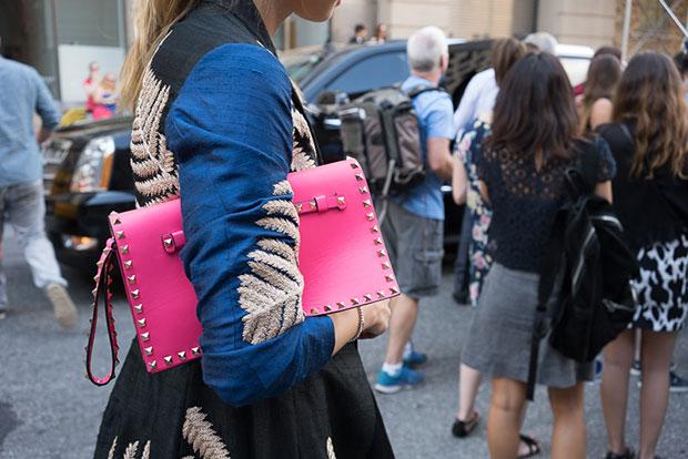 กระเป๋าแฟชั่น สีมพู