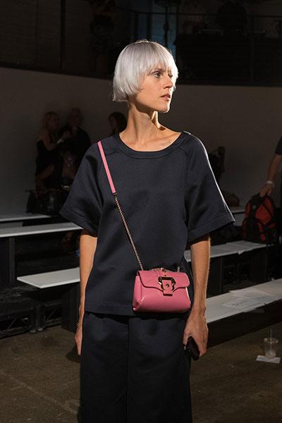 กระเป๋า ใบเล็ก สีชมพู