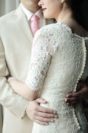 ชุดแต่งงาน ลูกไม้