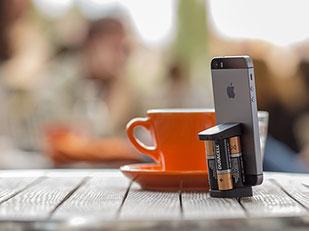 ที่ชาร์จแบตมือถือ ถ่านไฟฉาย AA Ovio iPhone Charger