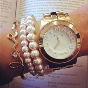 นาฬิกา Marc Jacobs สร้อยข้อมือมุก