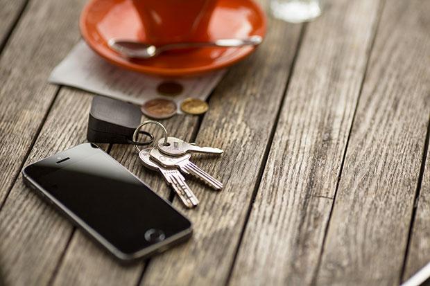 พวงกุญแจ ที่ชาร์จแบตไอโฟน ถ่านไฟฉาย AA