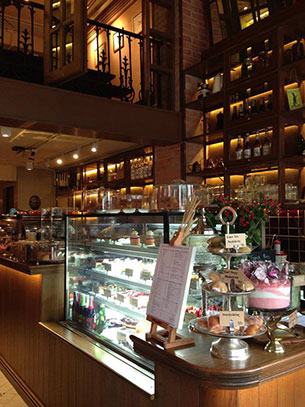 ร้านอาหาร ทองหล่อ Tiny Cup Cafe