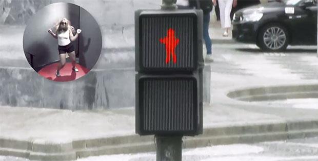 สัญญาณไฟแดงข้ามเต้นตามคน