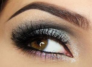 อายแชโดว์ สีเงิน ดวงตาสีน้ำตาล