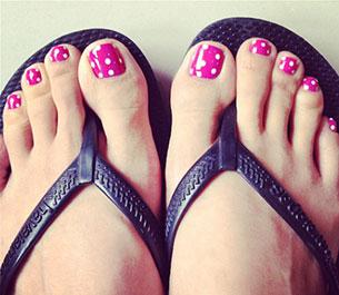 เล็บเท้า สีชมพูข้ม