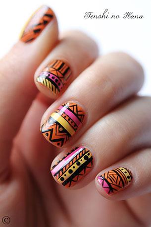 เล็บ Aztec Nails Art สีส้ม ชมพู เหลือง