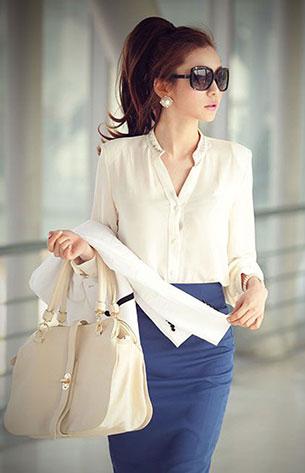 เสื้อทำงานเสริมไหล่ สีขาว กระโปรงสีน้ำเงิน