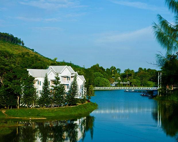 Lake View A