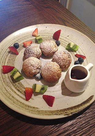 Whole wheat pancake ball with fresh fruit