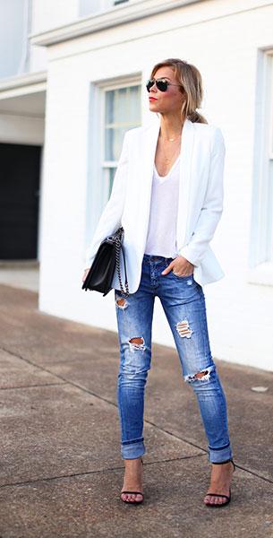 บอยเฟรนด์ ยีนส์ Zara เสื้อคลุม Nordstrom เสื้อยืด Nordstrom รองเท้า Stuart Weitzman แว่นตากันแดด Ray Ban