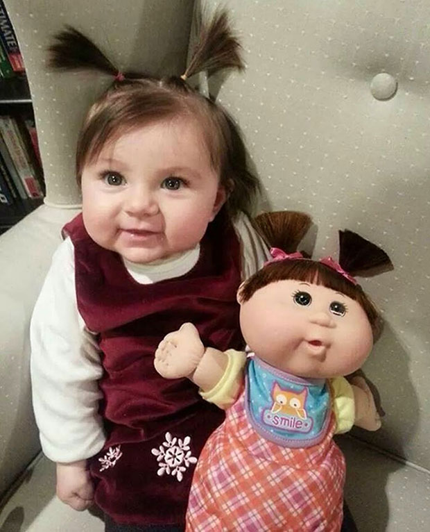 ภาพเหมือน เด็ก ตุ๊กตา