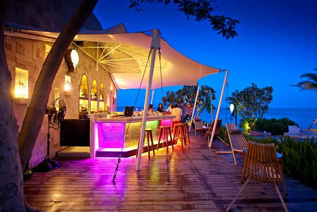 บาร์ Al Janna Beach Bar
