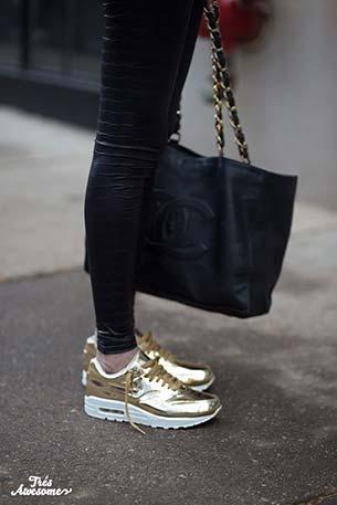 รองเท้าไนกี้ สีทอง Liquid Gold Nike Air Shoes