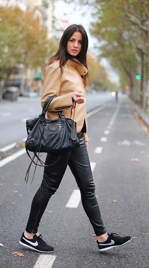 รองเท้าไนกี้ แจ็คเก็ต Style by Marina กางเกง HM กระเป๋า Balenciaga เสื้อ Zara