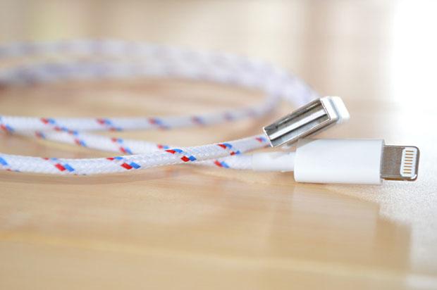 สายชาร์จ Reversible USB