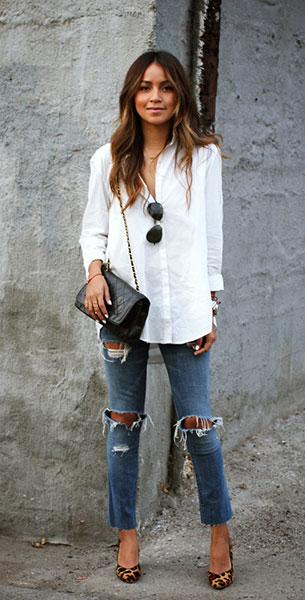 เสื้อเชิ้ต สีขาว Silence + Noise กางเกงยีนส์ Current Elliot รองเท้าส้นสูง Sézane กระเป๋า Vintage Chanel 2.55 แว่น Ray Ban