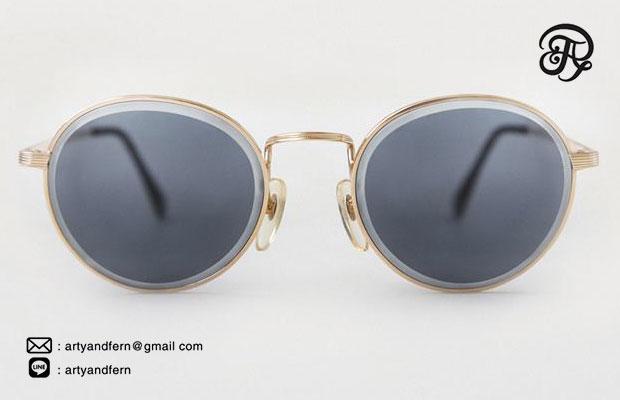 แว่นตาเลนส์สีฟ้า