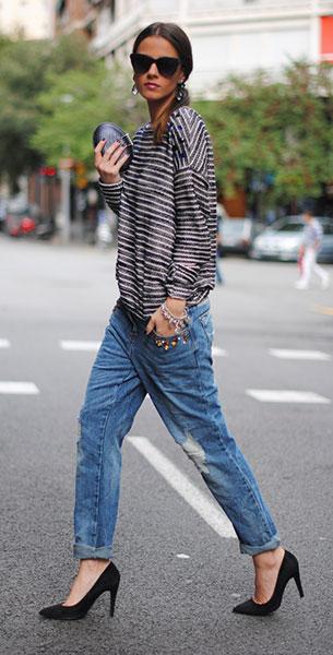 Boyfriend ยีนส์ Bershka สเว็ตเตอร์ Bershka กระเป๋า Maison Du Posh รองเท้า Mango แว่นตากันแดด Uterqüe