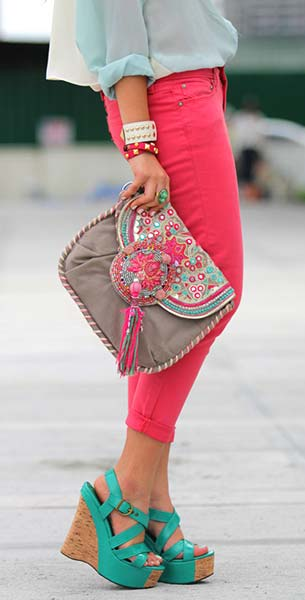 Color Block กางเกง Levis รองเท้า So Fab สร้อยคอ Stylista กระเป๋า Accessorize