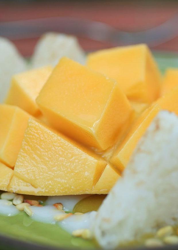 Mango and Sticky Rice ข้าวเหนียวมะม่วง