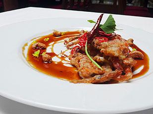 The MYTH of Mahanaga อาหารไทยฟิวชั่น