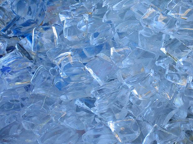ของใช้ช่วยรักษาสิว น้ำแข็ง