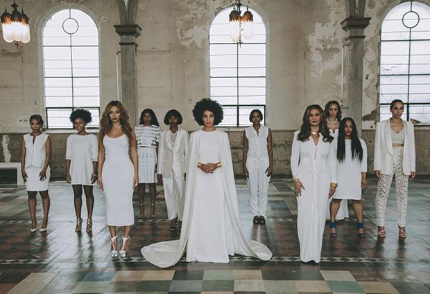 งานแต่งงาน Solange น้องสาวของ Beyoncé ธีมสีขาวล้วน